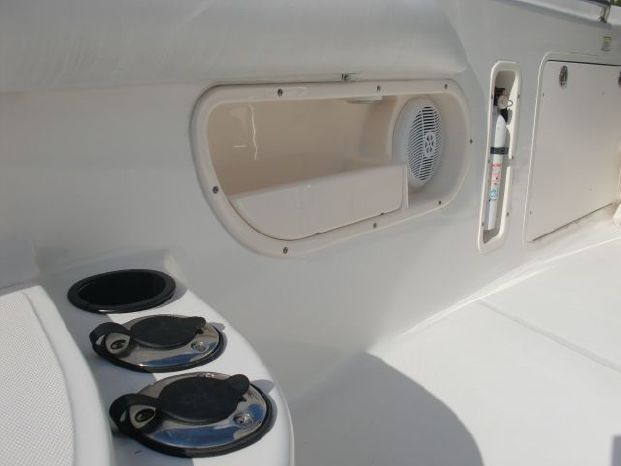 2006 Boston Whaler 320 Outrage For Sale Broker
