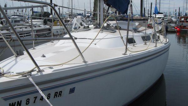 Catalina standard sloop