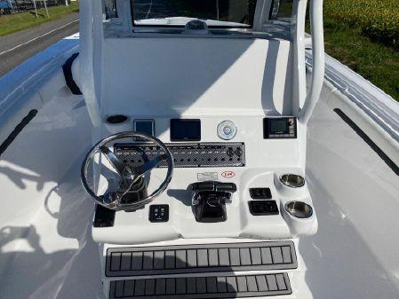 Tidewater 280 CC Adventure Custom image