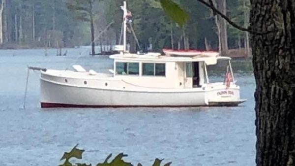 Custom Memory Yachts 38 Hardtop