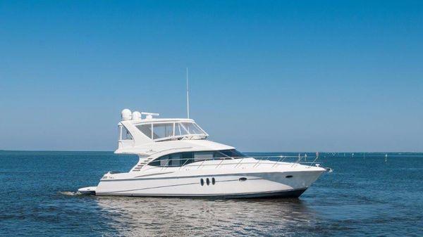 Silverton 52' Ovation Starboard Profile