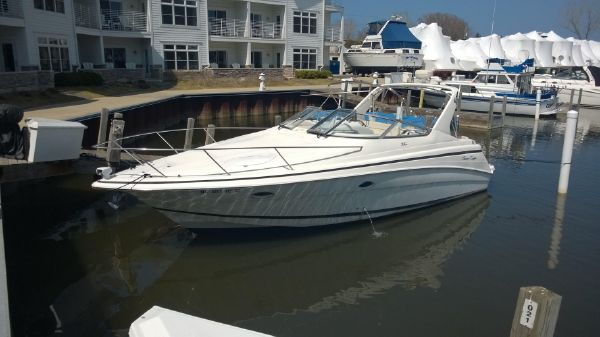 Chris-Craft 320 Express Cruiser
