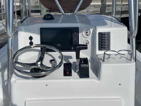 Eastern 22 Center Console image