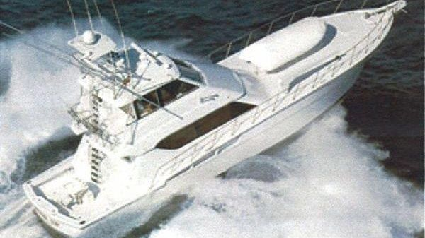 Hatteras Enclosed Bridge Convertible 1999