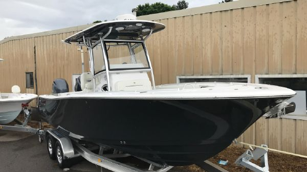 Sportsman Open 252 w/ Twin 150XCA
