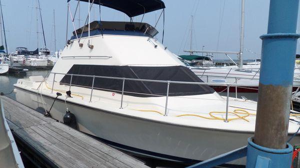 Hatteras 31 Sport Cruiser