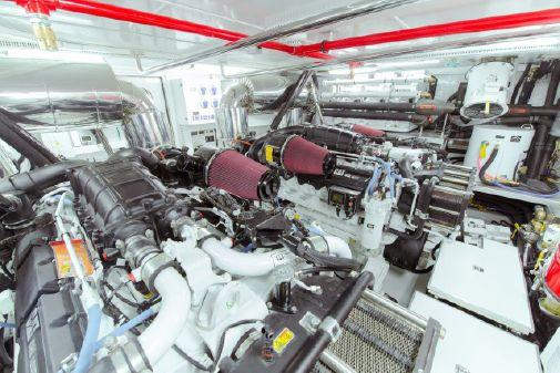 Horizon E84 image