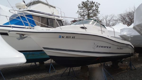 Striper 2300 Walkaround