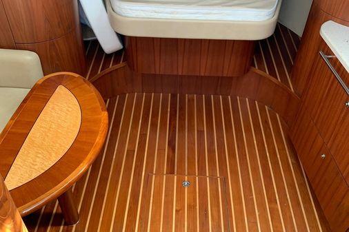 Tiara Yachts 3500 Sovran image