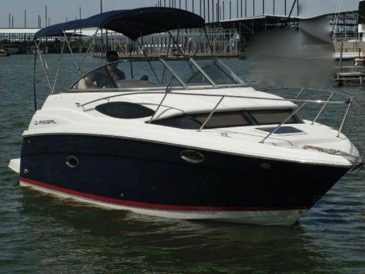Regal 2565 Express Cruiser - main image