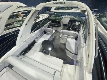 Formula 290 Bowrider image