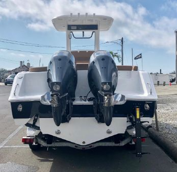 Sea Hunt Ultra 275 SE image