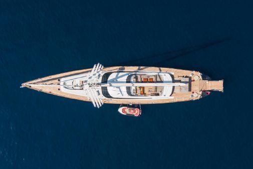 Alloy Yachts Prana image
