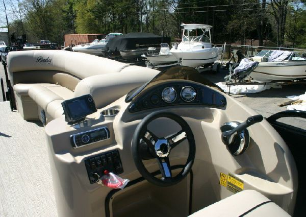 Bentley 240 Cruise SE image
