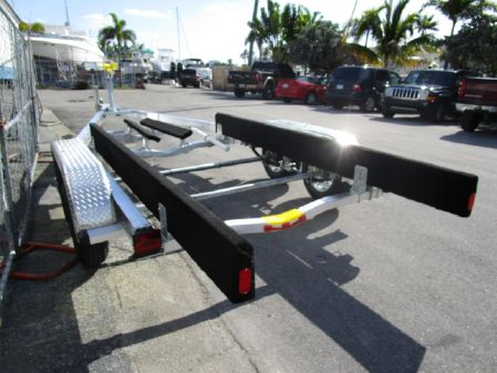 Sea Hawk 21-23 Tandem Trailer image