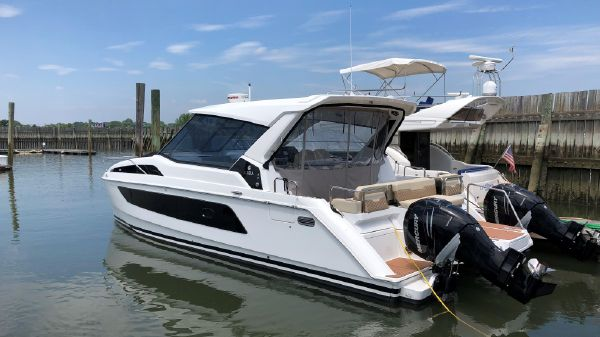 Aquila 36 POWER CAT