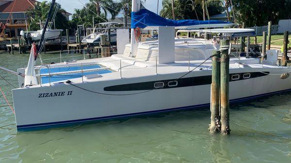 Dolphin 460