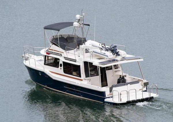 Ranger Tugs R-41 CB image