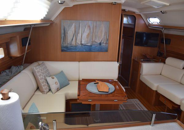 Catalina 445 image
