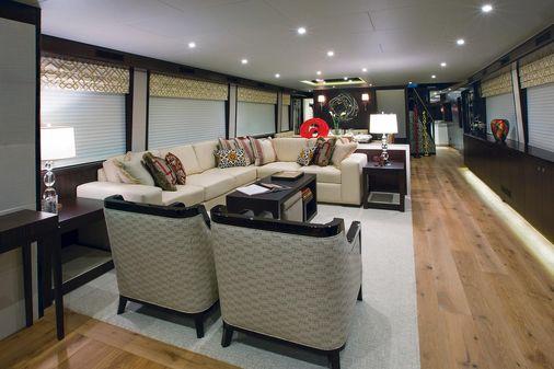 Hatteras 105 Raised Pilothouse image