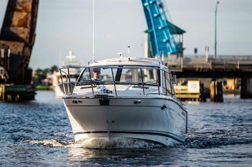 Cutwater C-24 Sport Coupe image