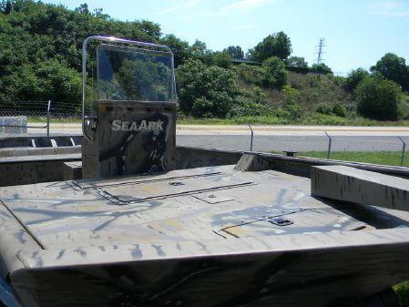 SeaArk Custom 2072 Front Console image