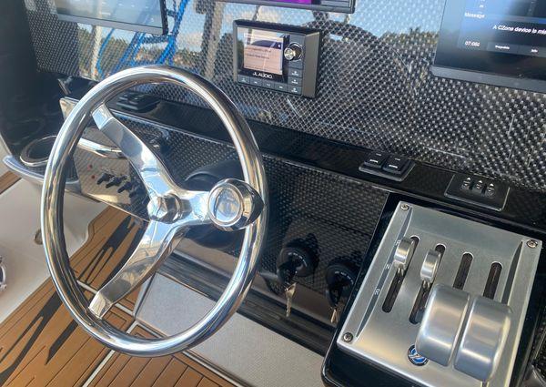 Nor-Tech 340 Center Console image