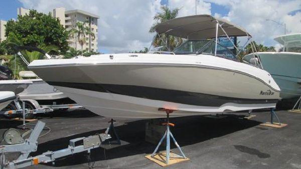 NauticStar 223 DC