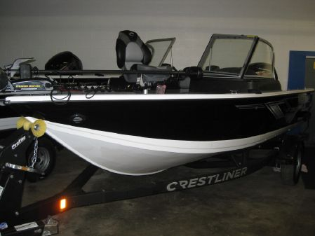 Crestliner 1750 Fish Hawk WT image