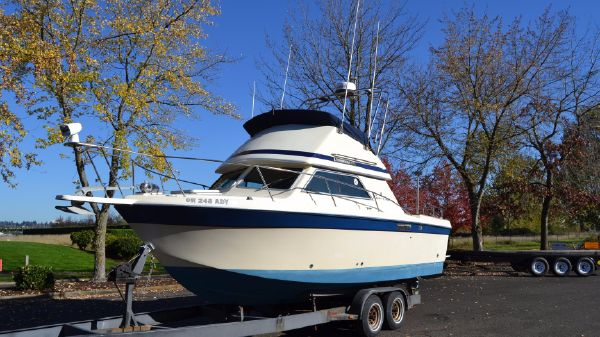 Chris-Craft 268 Commander