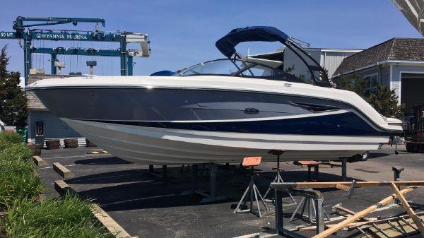 Sea Ray SLX 250