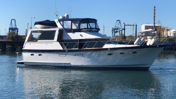 Ocean Alexander 48' Motoryacht