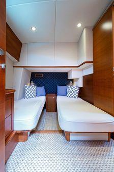 Palm Beach Motor Yachts PB52 image