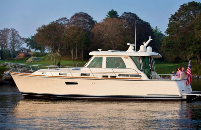 2017 Sabre 42' Salon Express with Volvo IPS 600
