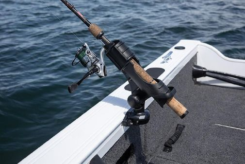 Crestliner 1650 FISH HAWK WT JS image