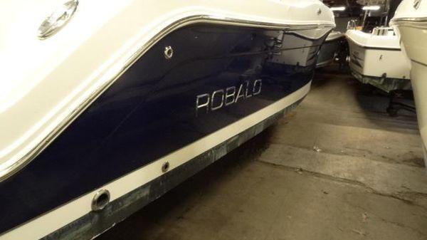 Robalo R247 Dual Console