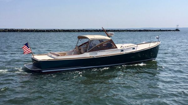 CH Marine Shelter Island 38 Runabout