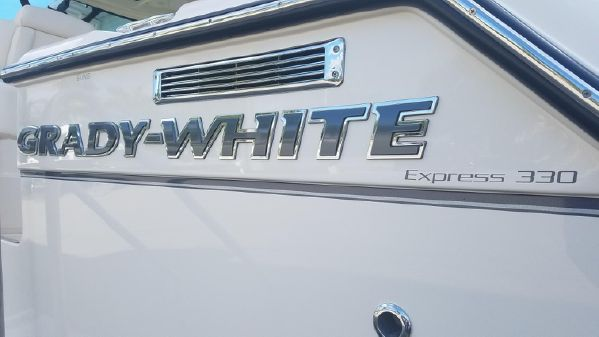 Grady-White Express 330 image