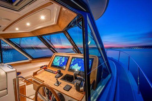 Back Cove 39O image