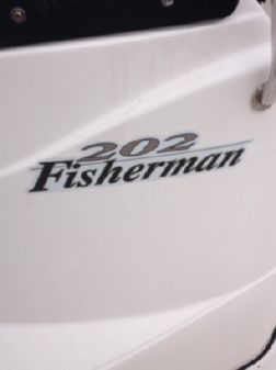 Wellcraft 202 Fisherman image
