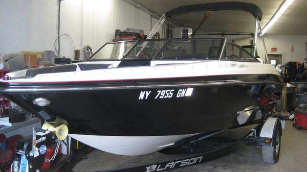 Larson 2100 LSR