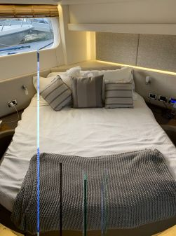 Sea Ray Fly 520 image