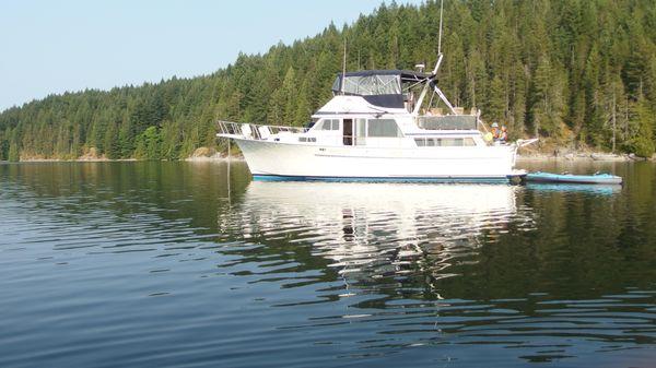 Tollycraft 43 Motor Yacht