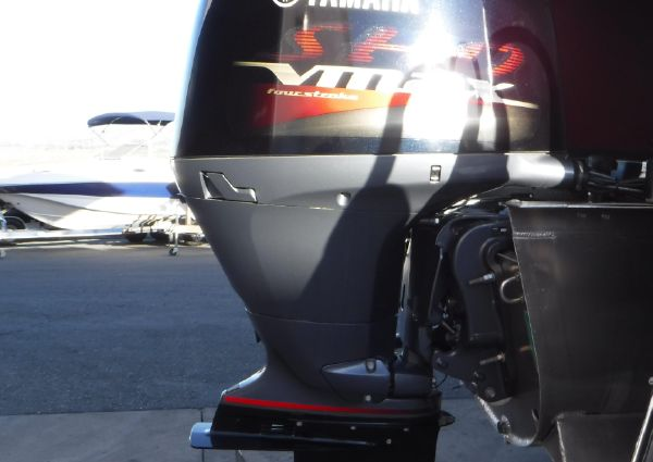 Premier Solaris 230 RE 3T image