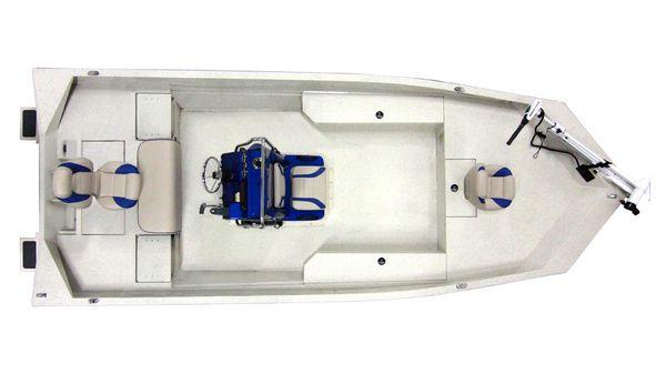 Alumacraft MV 2072 AW Bay Manufacturer Provided Image