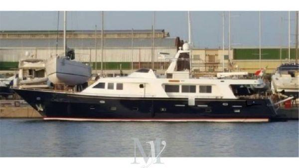 Custom Navetta Rossato 86