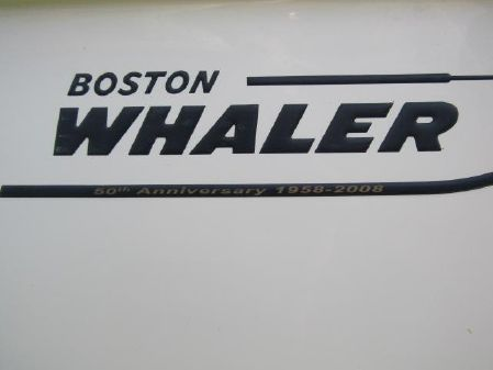Boston Whaler 190 Outrage image