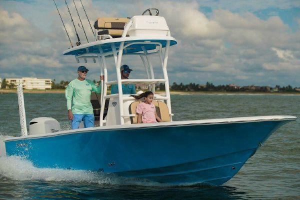 Tidewater 2500 Carolina Bay - main image