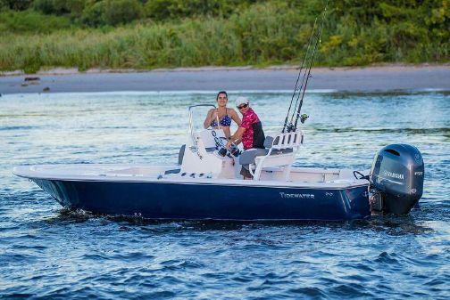 Tidewater 2110 Bay Max image