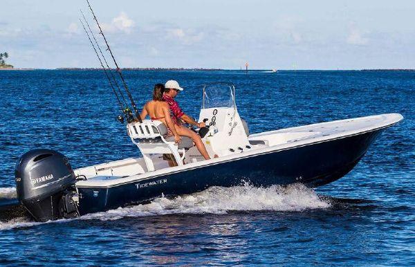 2020 Tidewater 2110 Bay Max